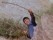 Spock mit dem selbstgebauten Langbogen