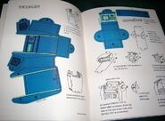 Star Trek Action Toy Book - Tricorder page