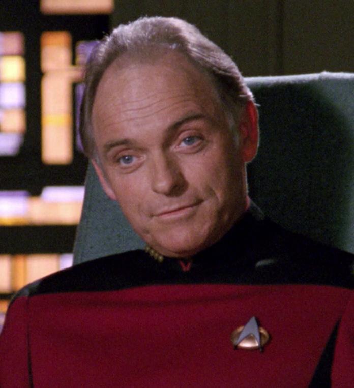 """ロバート・デソト大佐(<a class=""""new"""" title=""""2366年 (存在しないページ)"""" rel=""""nofollow"""" data-uncrawlable-url=""""L2phL3dpa2kvMjM2NiVFNSVCOSVCND9hY3Rpb249ZWRpdCZyZWRsaW5rPTE="""">2366年</a>)"""