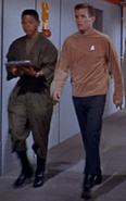 1 technicien et 1 personnel de la Division du Commandement inconnus 2265