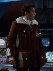 Kirk in seiner Feldjacke