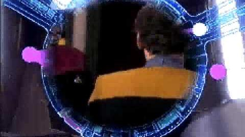 "DS9 ""Whispers"" - ""Murmures"""