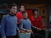 Brückencrew beobachtet Kirks Kampf gegen den Gorn