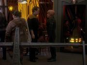 O'Brien sieht sich und Quark sprechen