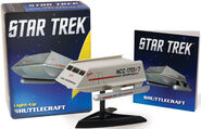 Running Press Light-up Shuttlecraft Galileo v2