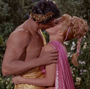 Apollon & palamas s'embrassant