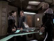 Sisko stellt Ezri zur Rede