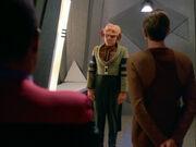 Sisko und Odo verhören Quark bezüglich Sakonna