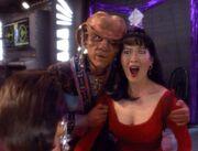 Quark verliebt sich in Keiko