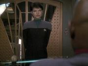 Sisko danke Ezri für ihre Arbeit mit Garak