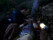 Freya stirbt in den Armen des Doktors