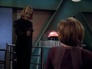 Captain Janeway fliegt auf
