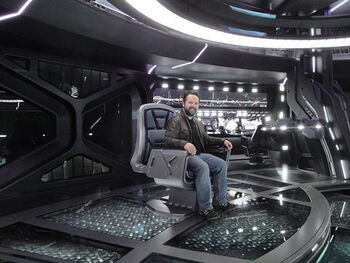 Clint Schultz on the bridge set of the USS <i>Vengeance</i> in <i>Star Trek: Into Darkness</i>