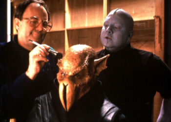 """...as Thorley watching <a href=""""/wiki/Michael_Westmore"""" title=""""Michael Westmore"""">Michael Westmore</a> at work"""