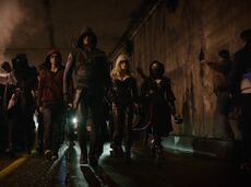 Roy Harper, Oliver Queen, Sara Lance, Nyssa al Ghul and the League of Assassins
