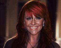 Helen Magnus (redhair)