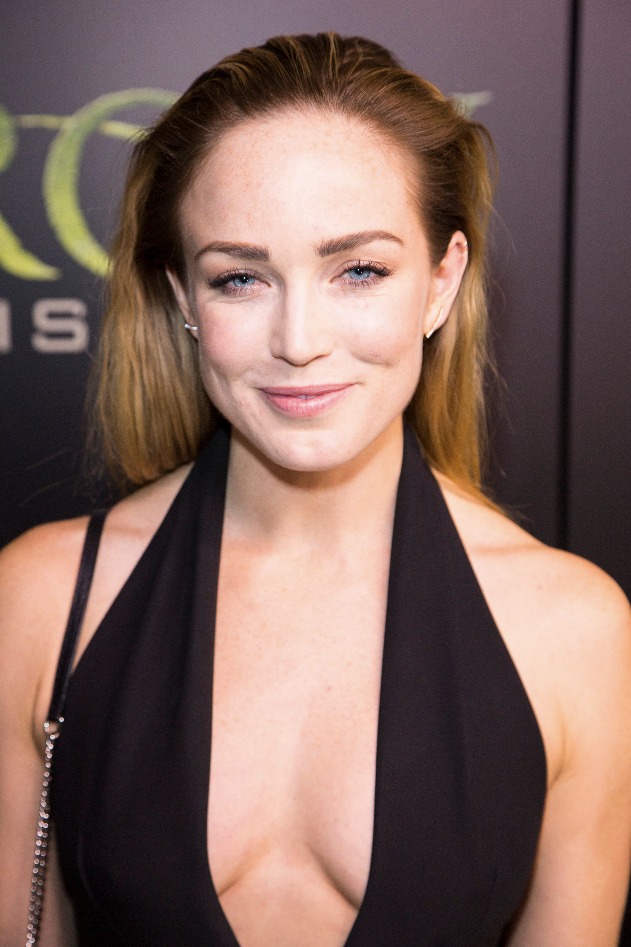 61 Hot Pictures Of Caity Lotz Sara Lance White Canary In