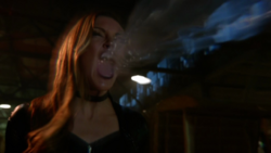 Black Siren attacks Felicity