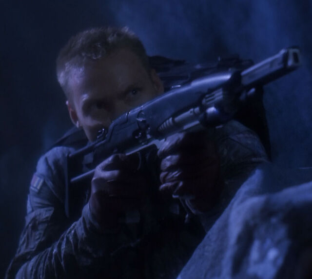 File:Particle rifle with extended barrel.jpg