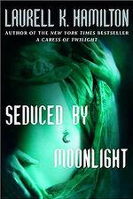 File-LaurelKHamilton SeducedByMoonlight