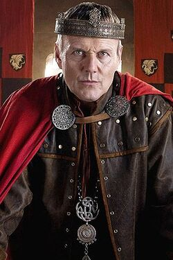 8682-merlin-anthony-stewart-head-uther-pendragon