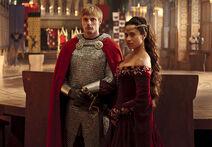 Merlin-the-hollow-queen-arthur-gwen