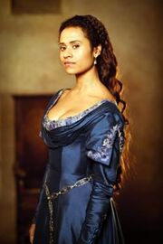 250px-Gwen Angel Coulby