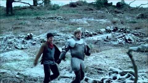 "Merlin 5x01 ""Arthur's Bane - part 1"" Arthur and Merlin wandering on"