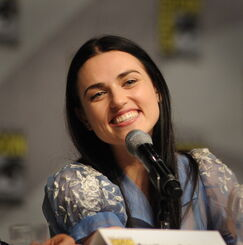 Katie McGrath Comic Con 2011-1
