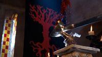 3x13 Excalibur Coupe de la Vie renversé sang