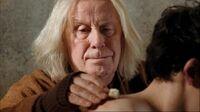 1x01 Gaius Merlin blessure