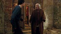 1x01 Gaius Merlin libération