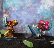 Samus and Metroid amiibo NOA