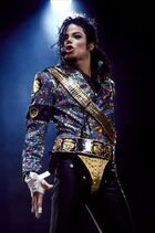 Dangerous-Era-Mike-michael-jackson-25492830-332-500