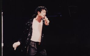 Michael Jackson Billie Jean 24