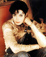 MJ-Childhood-Smile-michael-jackson-23077300-827-1016