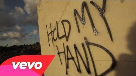 Michael Jackson - Hold My Hand Duet ft. Akon