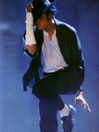 061410-mj-black-white-video-3001