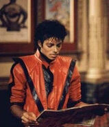 Mj-behind-the-scenes-mj-behind-the-scenes-19103143-286-333