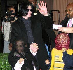 Paris Jackson tells Oprah Winfrey didnt understand father Michael made wear mask public 7