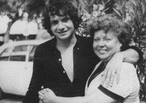 Avec sa mère Jackie, en tournée