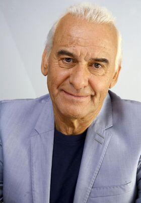 Michel-fugain-2013-portrait