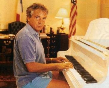 Sardou piano