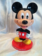 Collectible-Mickey-Mouse-Bobblehead-Walt-Disney-World-Resort