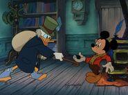 Mickeychristmas1