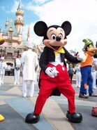Mickey-100387673-orig