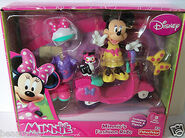 Minnie-s-fashion-ride-scooter-fisher-price-disney-9pc-minnie-mouse-figaro-nib-cf7bb79b4ee42a568688356f07b8e52f