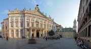Plac i Pałac Prymasowski