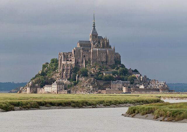 File:Mont St Michel.jpg