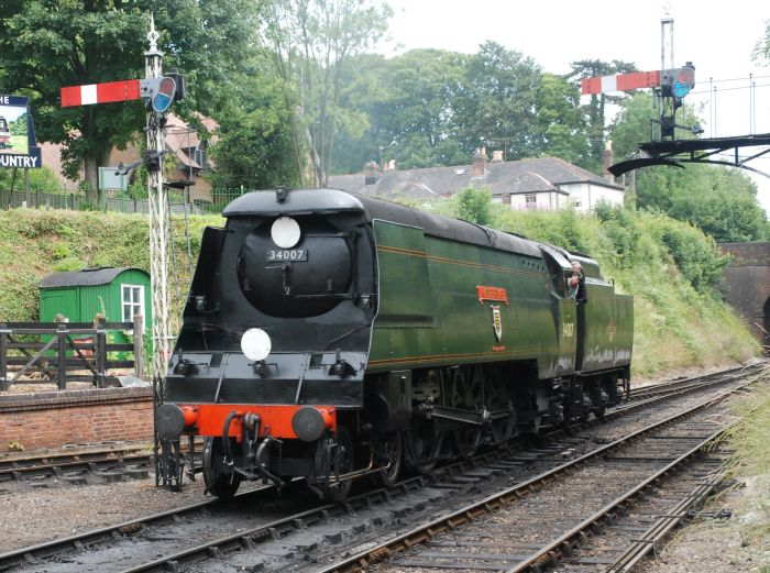 34007 >> Southern Railway Unrebuilt Bullied Light Pacific 4 6 2 34007